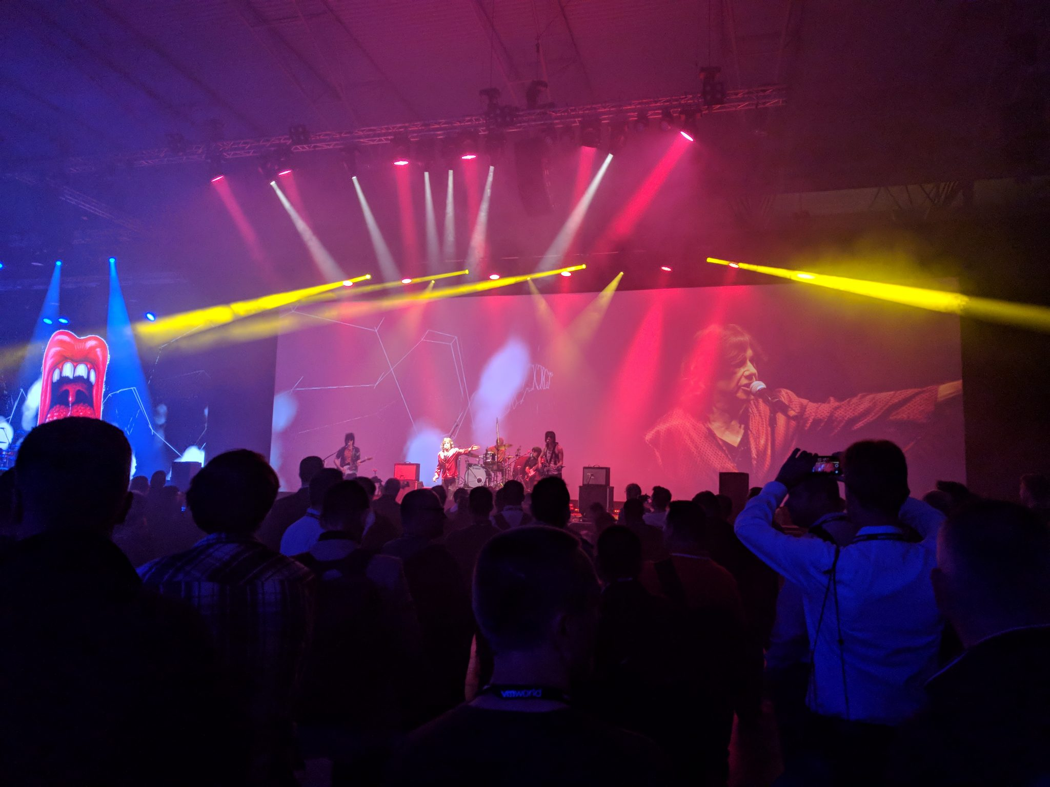 VMworld 2018 EU - FEST Counterfeit Stones